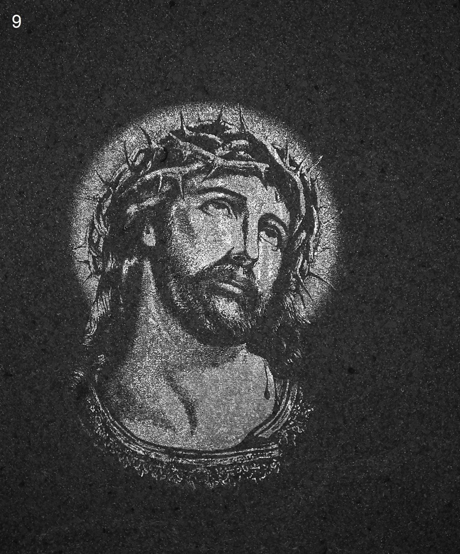 Jezus z koroną cierniową - Nagrobki Bielsko-Biała
