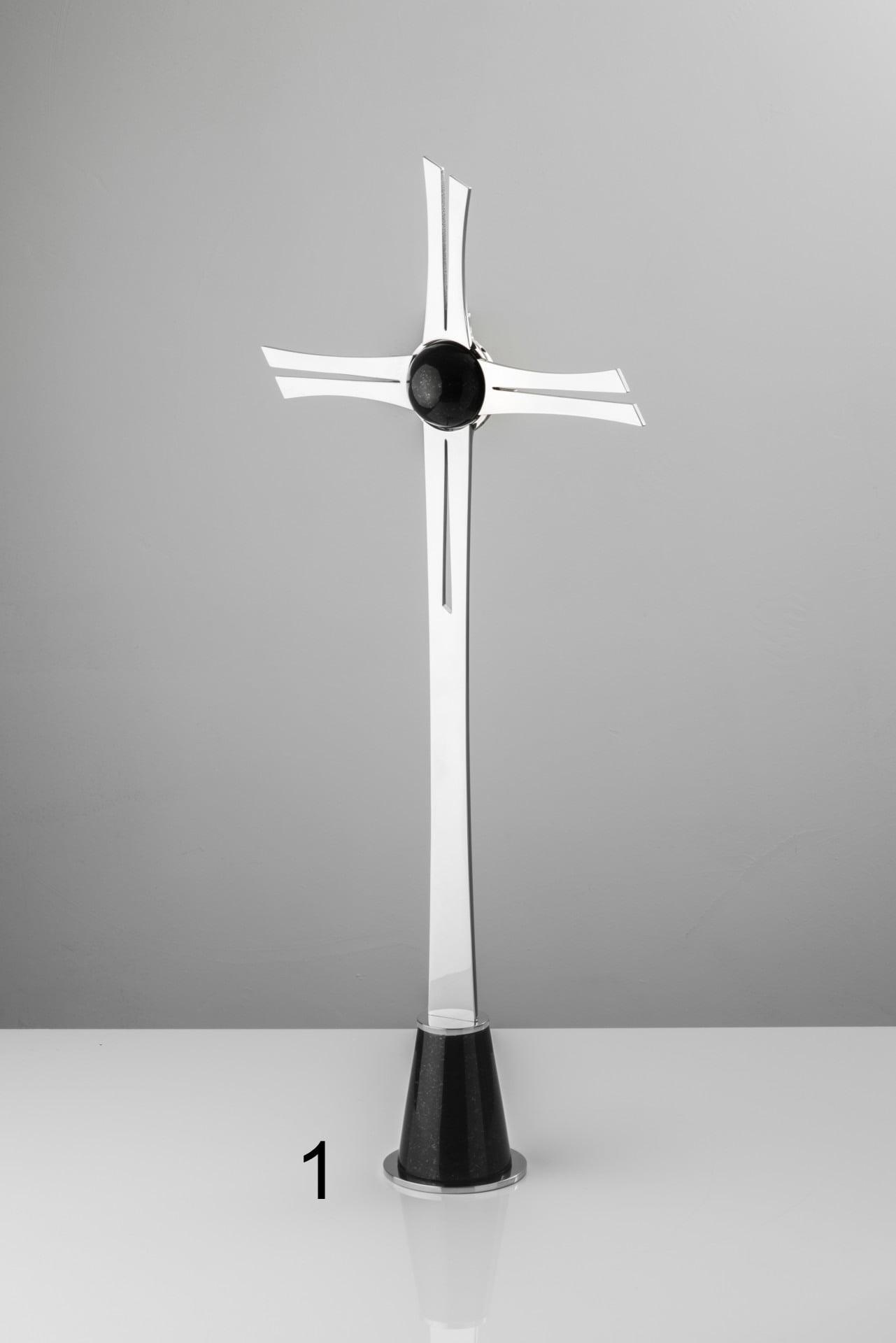 Srebrny krzyż z czarnym detalem - Nagrobki Bielsko-Biała