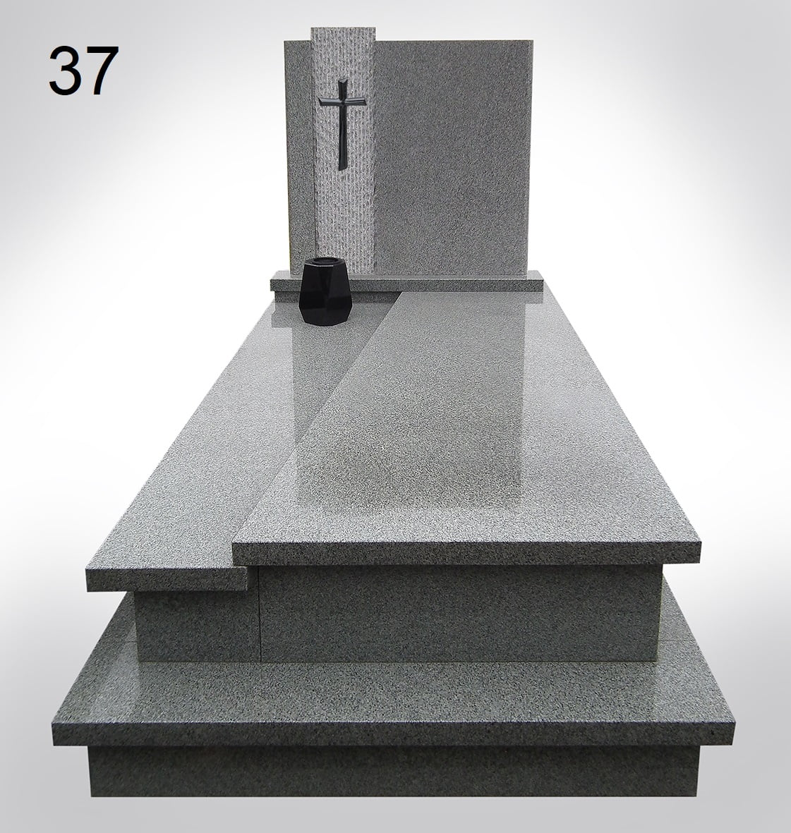 Marmurowy nagrobek z krzyżem i donicą - Nagrobki Bielsko-Biała