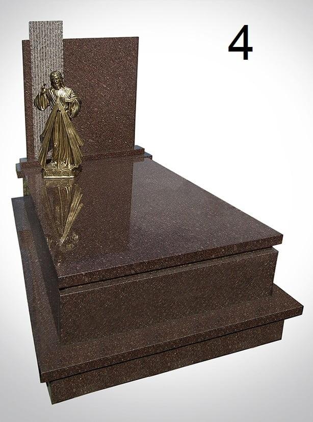 Marmurowy pomnik ze złotą figurą Jezusa - Nagrobki Bielsko-Biała