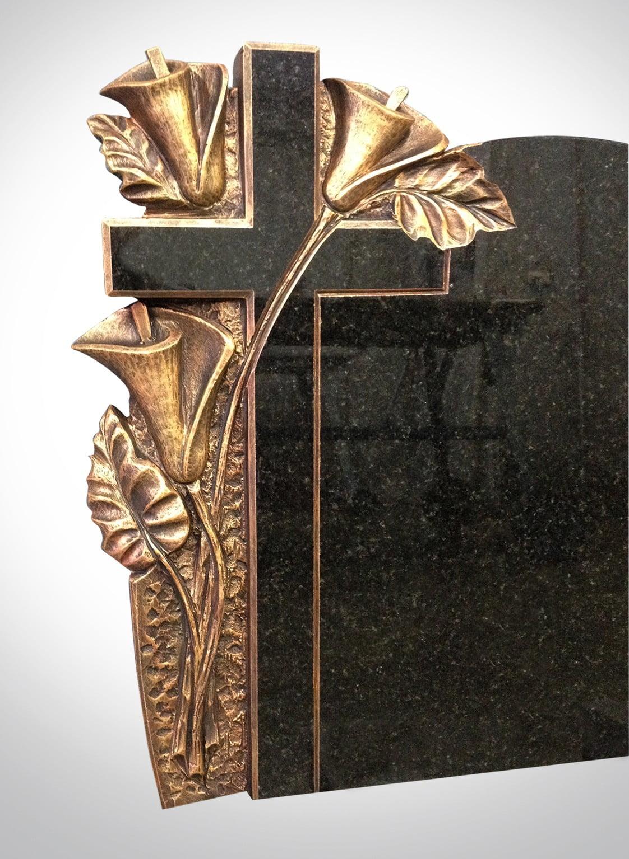 Krzyż ze złotymi gałązkami - Nagrobki Bielsko-Biała