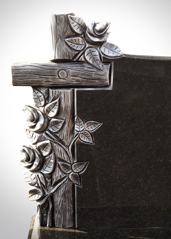 Srebrny krzyż z gwoździem i gałązkami - Nagrobki Bielsko-Biała
