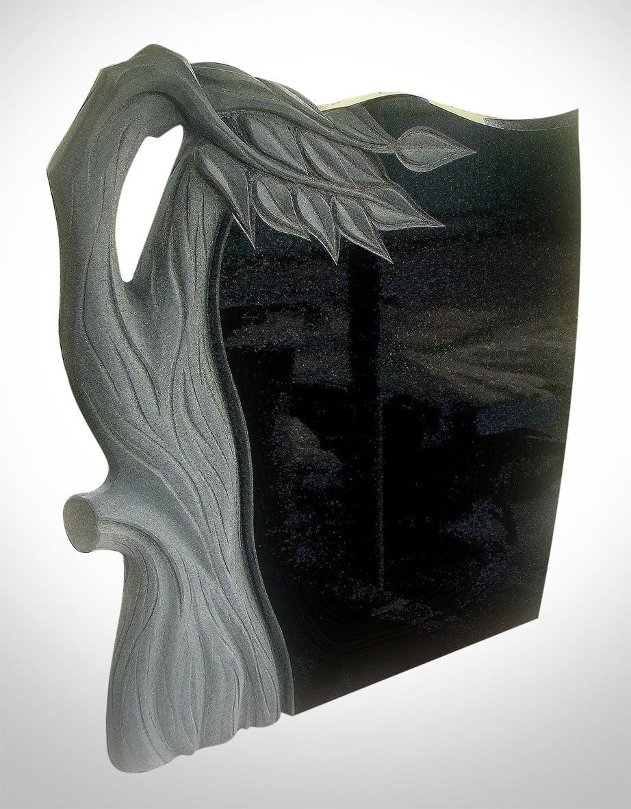 Czarny nagrobek z pięknym drzewem - Nagrobki Bielsko-Biała