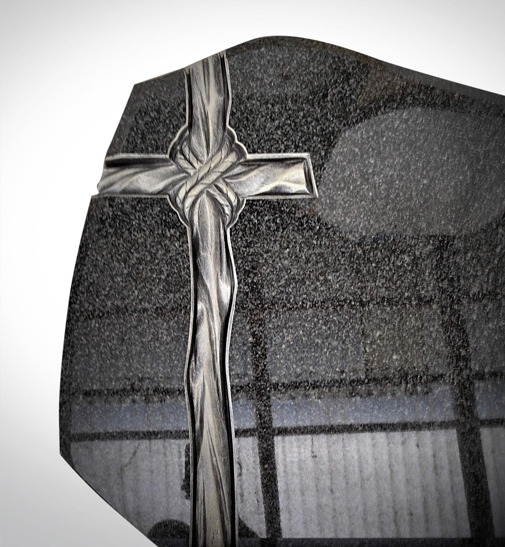 Drewniany srebrny krzyż - Nagrobki Bielsko-Biała