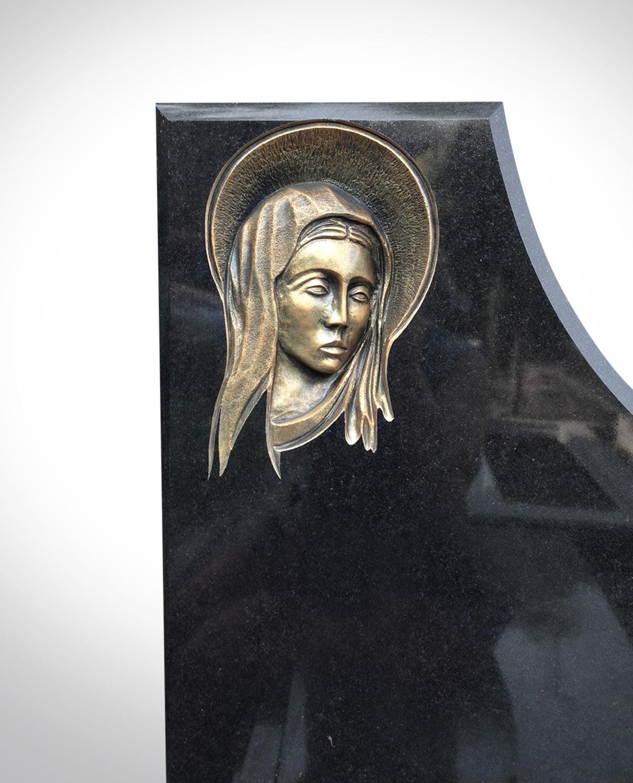 Rzeźba Marii - Nagrobki Bielsko-Biała