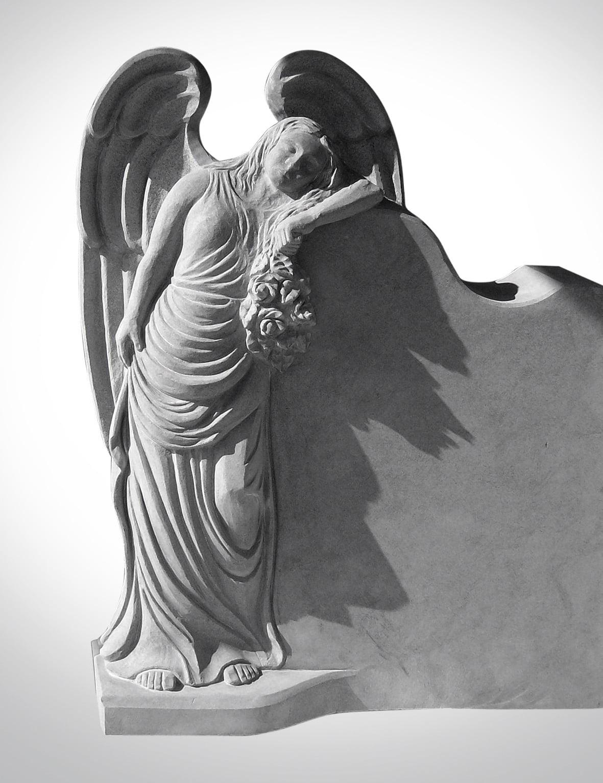 Figura białego anioła - Nagrobki Bielsko-Biała